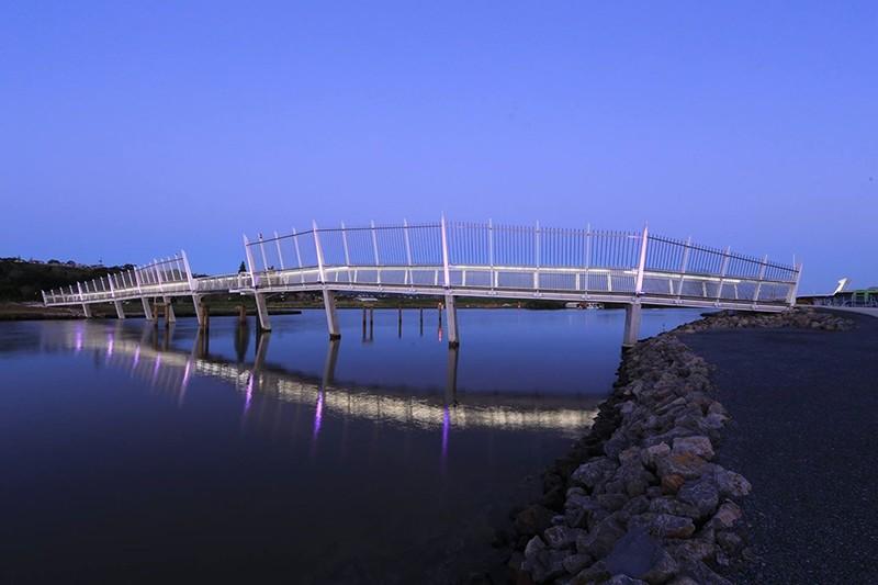 Steve Bowling Project - Waiarohia Stream Footbridge